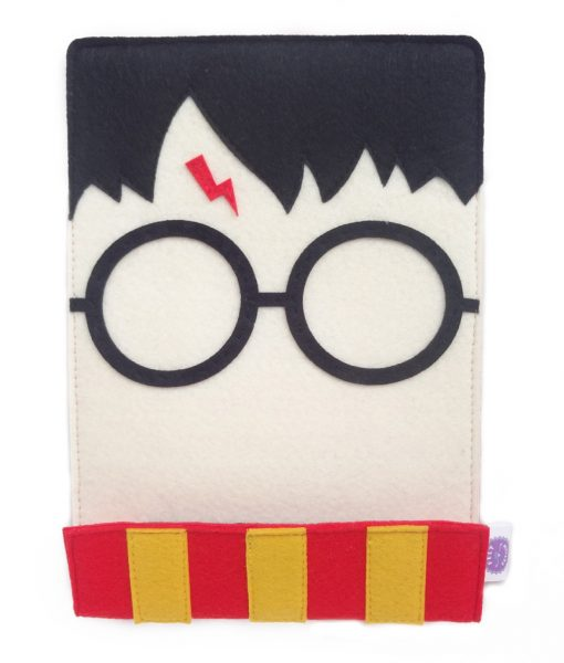harry_potter_kindle_sleeve_front