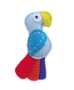 macaw-magnet-front-800